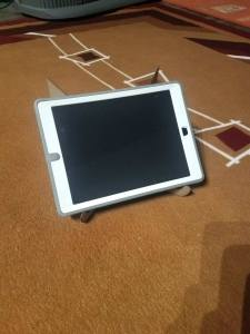 chipboard tablet stand with tablet 1